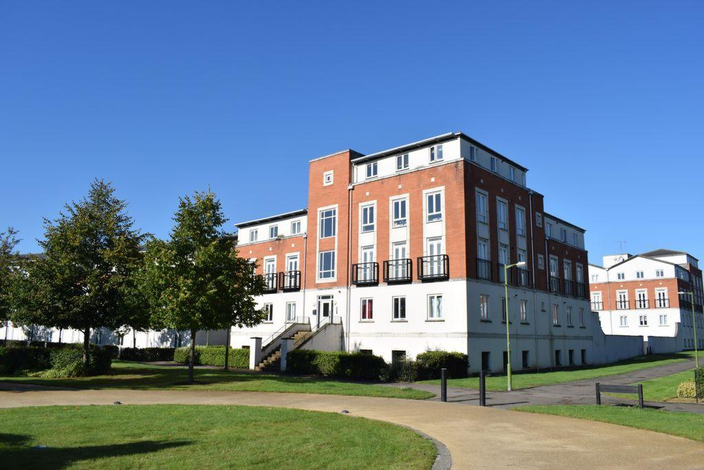 3 Bedrooms Apartment Flat for sale in Mosquito Way, Hatfield, AL10