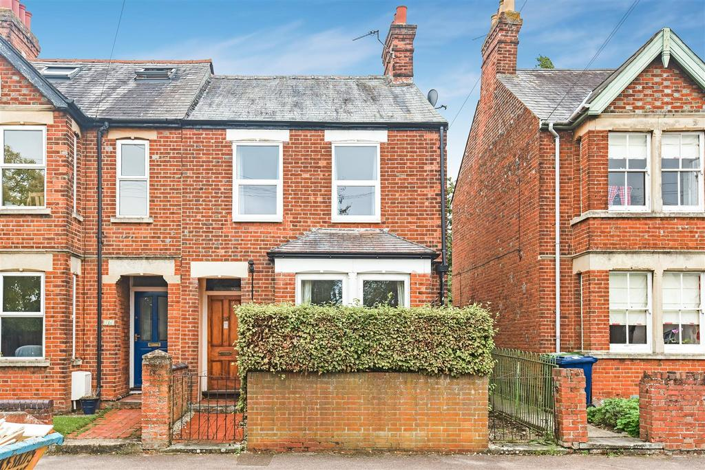3 Bedrooms Semi Detached House for sale in St. Annes Road, Headington, Oxford