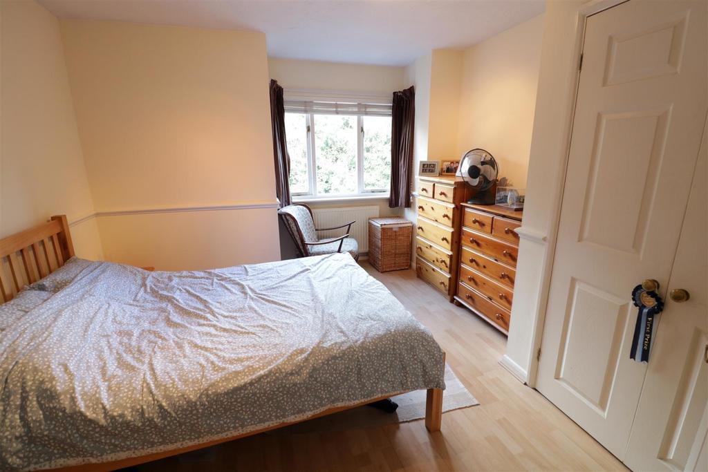 1 Bedroom Apartment Flat for sale in Armour Hill, Tilehurst, Reading