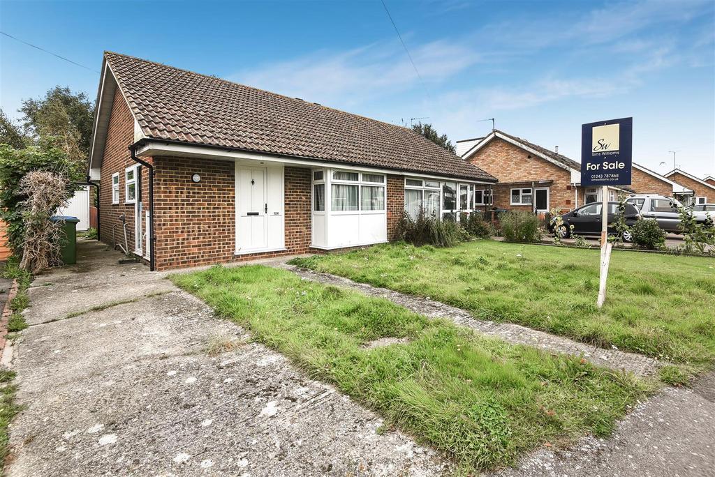 2 Bedrooms Semi Detached Bungalow for sale in Stroud Green Drive, Bognor Regis
