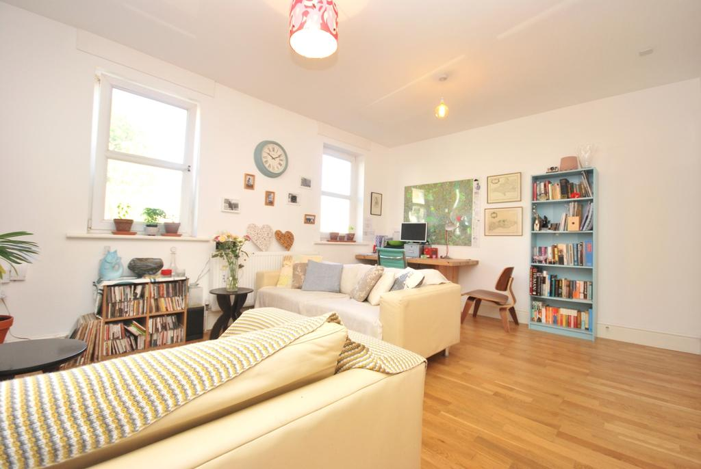 2 Bedrooms Flat for sale in Melbourne Grove London SE22