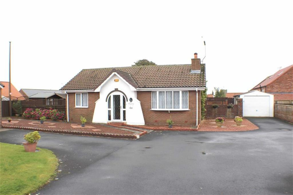 2 Bedrooms Detached Bungalow for sale in Forge Close, Bempton, East Yorkshire