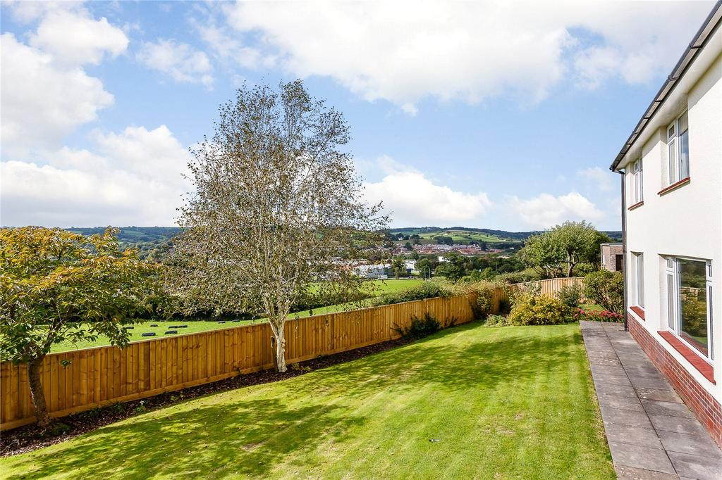 4 Bedrooms Detached House for sale in Park Road, Tiverton, Devon, EX16
