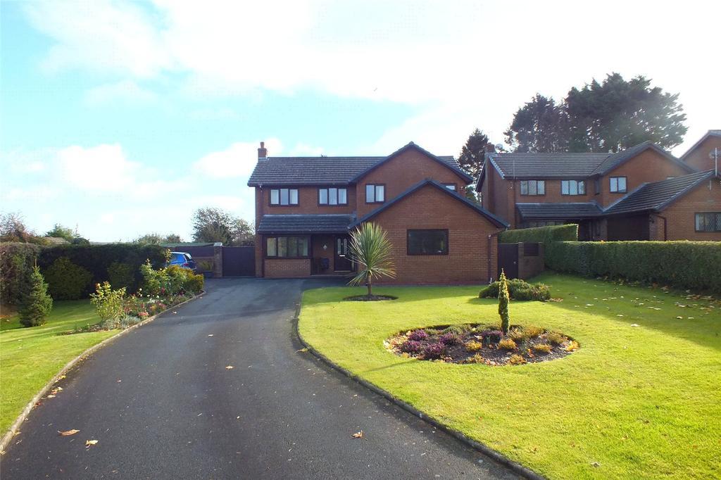 4 Bedrooms Detached House for sale in Southlands, St. Daniels Hill, Pembroke