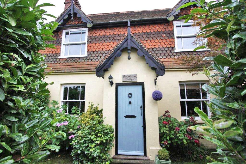 3 Bedrooms Detached House for sale in Top Road, Sharpthorne, East Grinstead, West Sussex, RH19