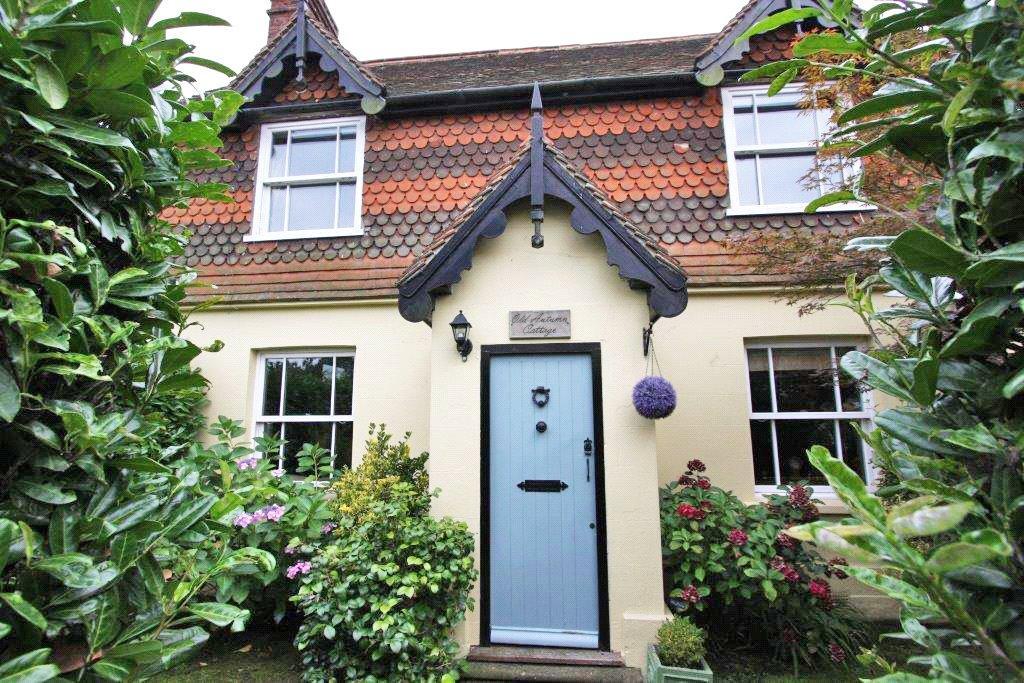 3 Bedrooms Detached House for sale in Top Road, Sharpthorne, East Grinstead, West Sussex, RH19
