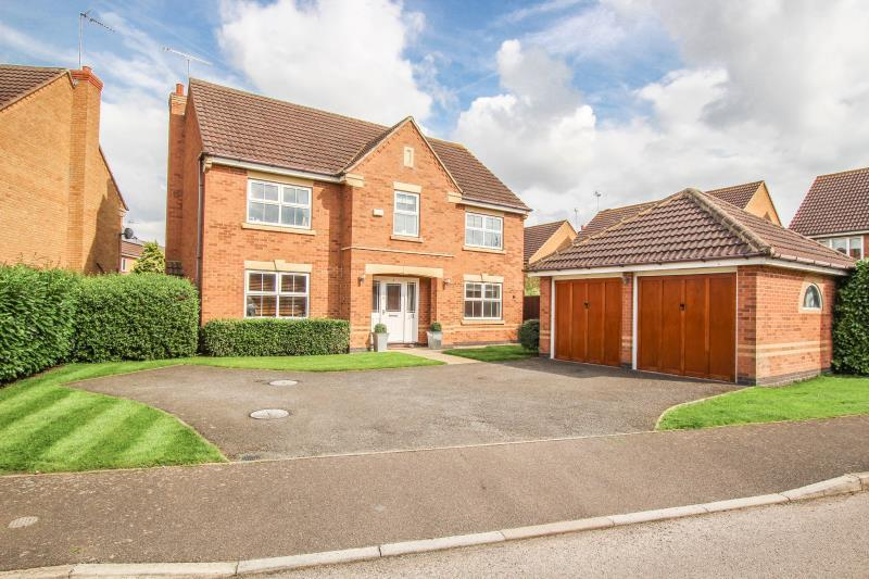 4 Bedrooms Detached House for sale in Conway Drive, Thrapston, Kettering