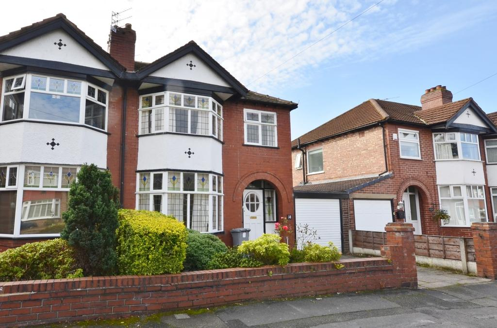 3 Bedrooms Semi Detached House for sale in Downs Drive, Timperley, Altrincham