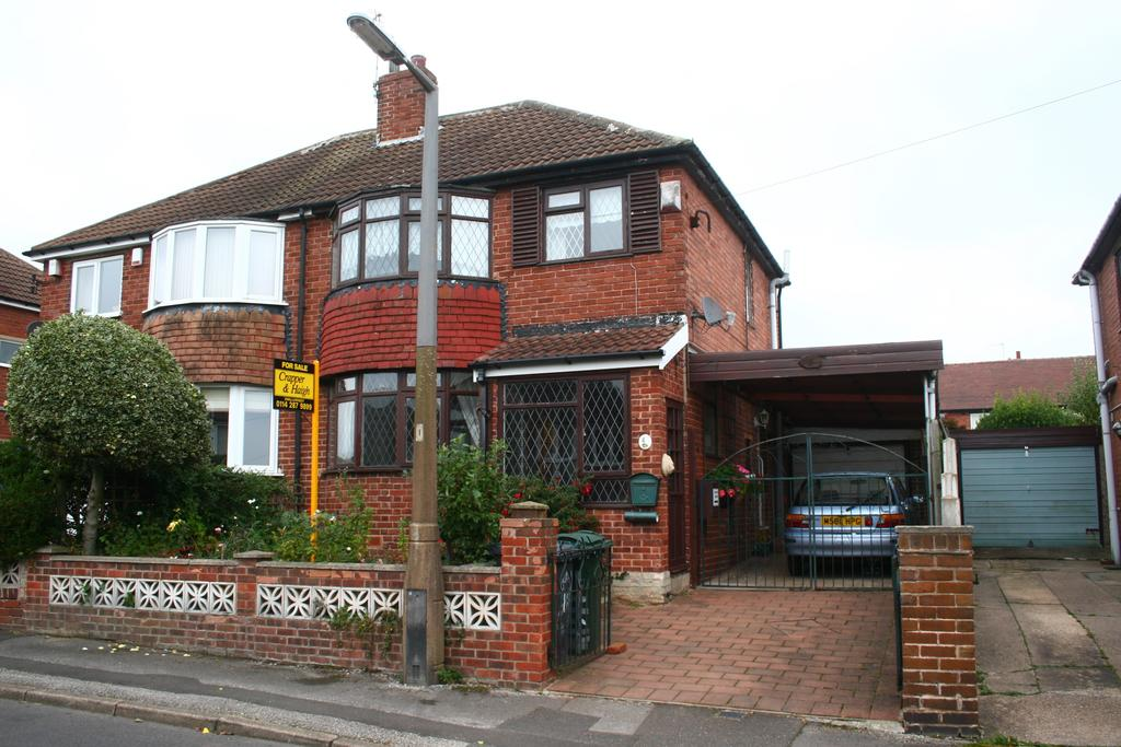3 Bedrooms Semi Detached House for sale in Rosslyn Avenue, Aston, Sheffield S26