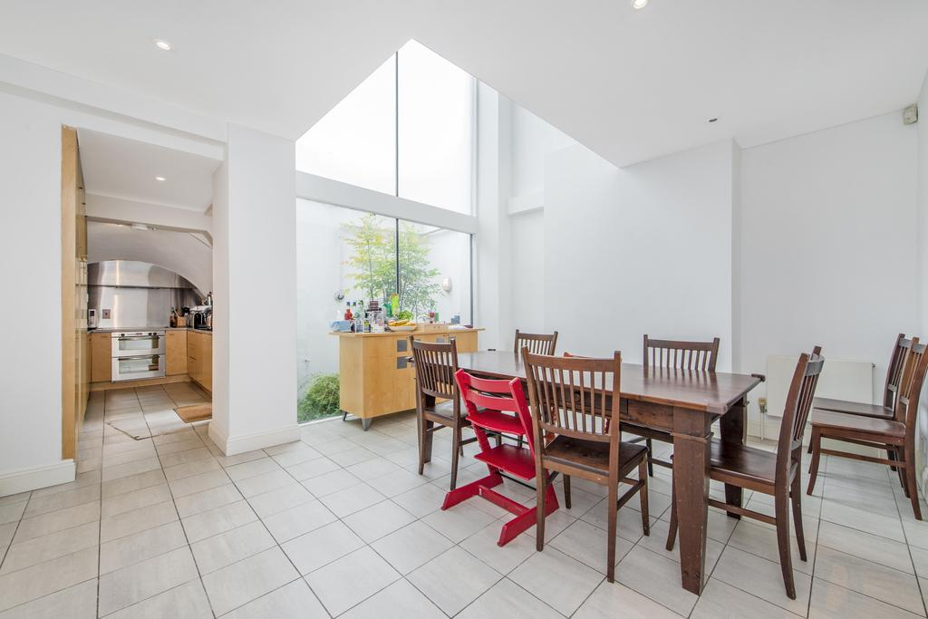 4 Bedrooms Terraced House for rent in Cambridge Street, SW1V