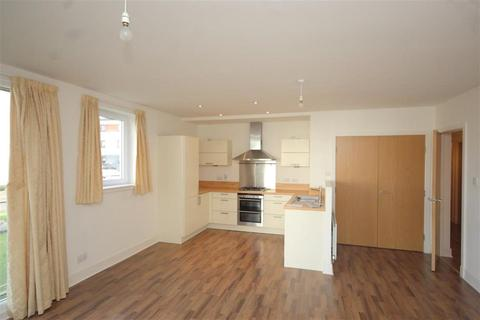 3 bedroom flat to rent - Burnbrae Place, Drumbrae