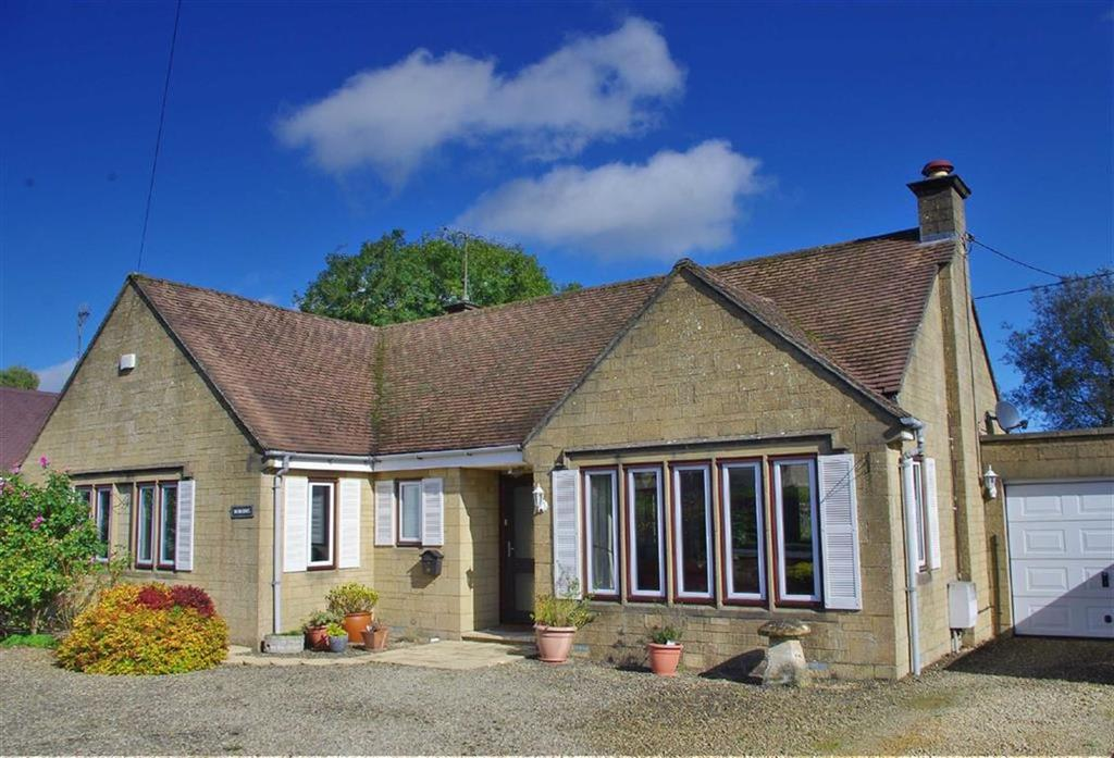 3 Bedrooms Detached Bungalow for sale in Rissington Road, Bourton-on-the-Water, Gloucestershire