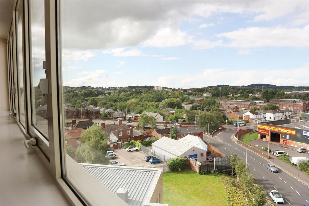 2 Bedrooms Apartment Flat for sale in Fifth floor 51 Medusa House, St. Johns Road, Stourbridge