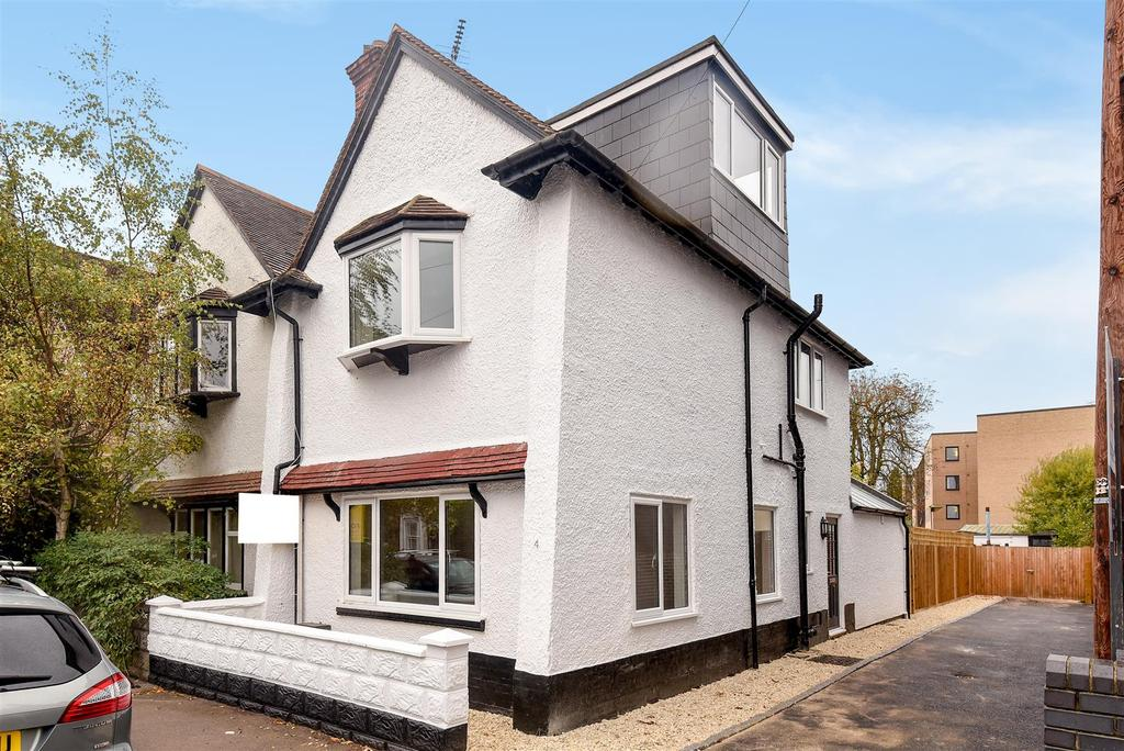 4 Bedrooms Semi Detached House for sale in Lime Walk, Headington, Oxford