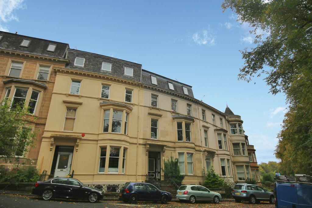 2 Bedrooms Flat for sale in Upper Flat, 2 Botanic Crescent, Botanics, Glasgow, G20 8QQ