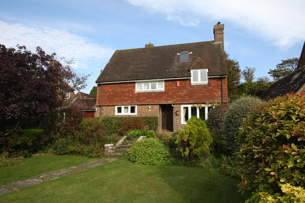 4 Bedrooms Detached House for sale in East Dean BN20