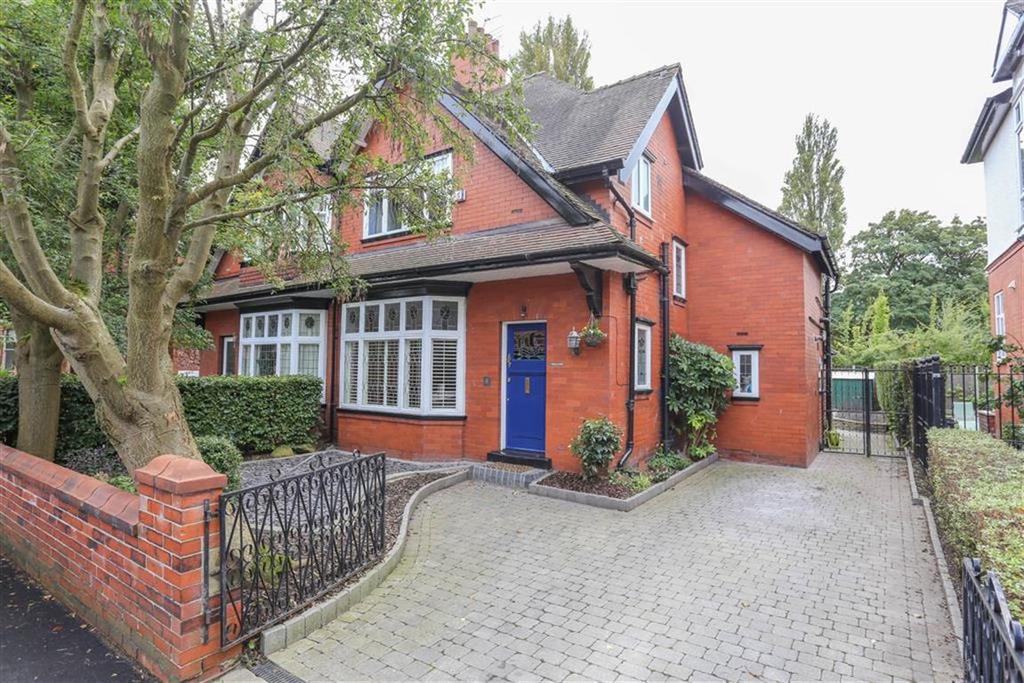 3 Bedrooms Semi Detached House for sale in Gibsons Road, Heaton Moor