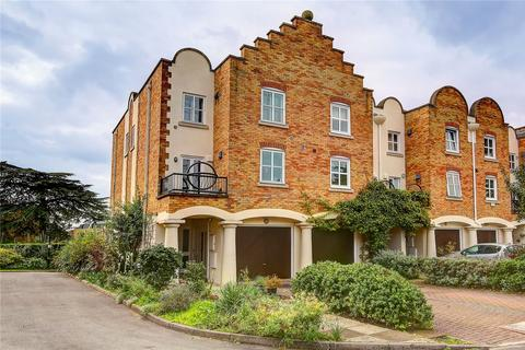 4 bedroom end of terrace house for sale - Herons Place, Isleworth, TW7