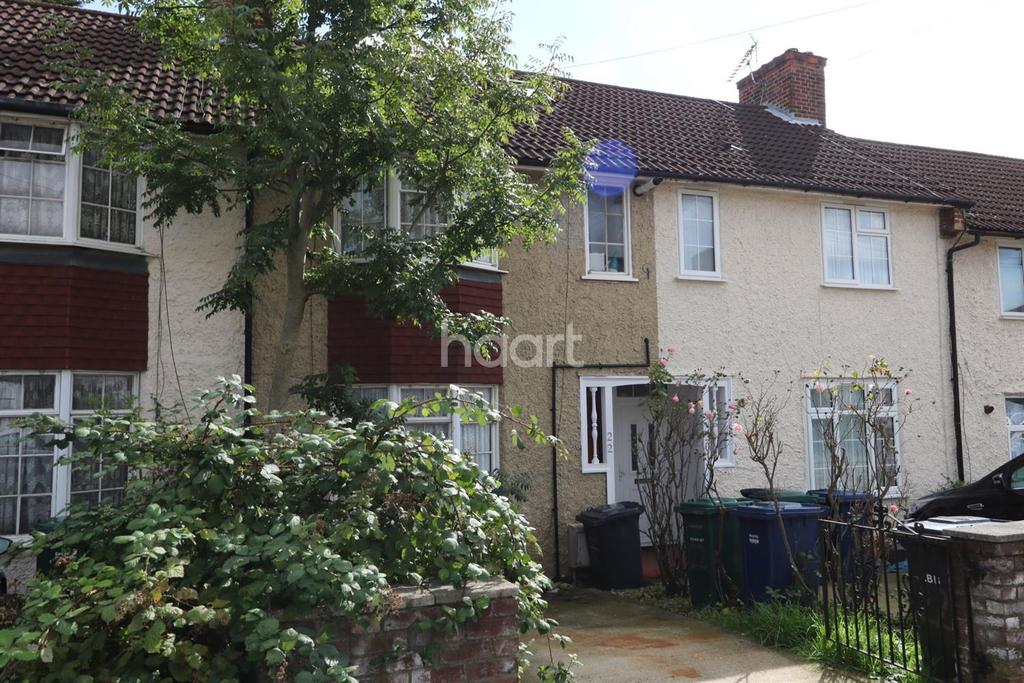 4 Bedrooms Terraced House for sale in Trevor Road, Edgware, HA8