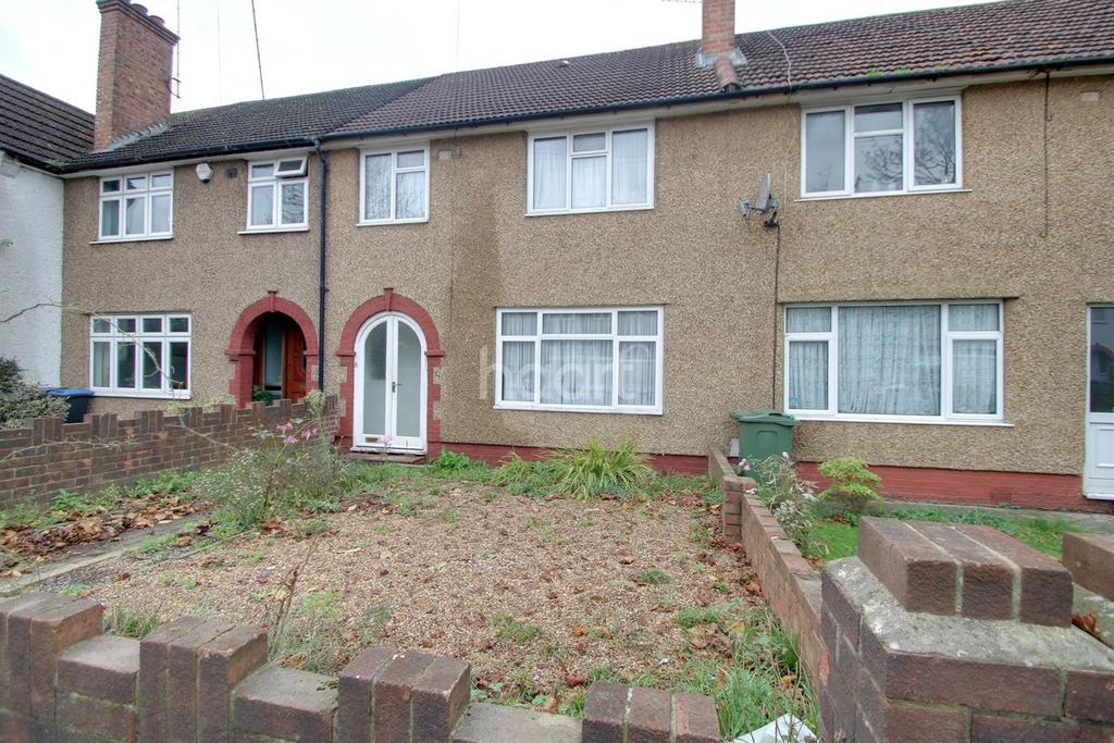 3 Bedrooms Terraced House for sale in Waterloo Road, NW2