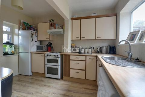 2 bedroom terraced house for sale - Ainsley Avenue, Romford