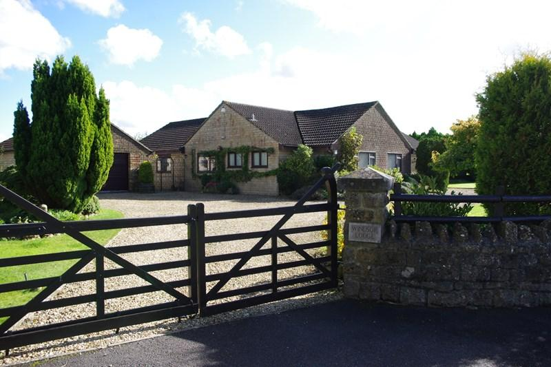 5 Bedrooms Bungalow for sale in Chedington Lane, Mosterton, Beaminster