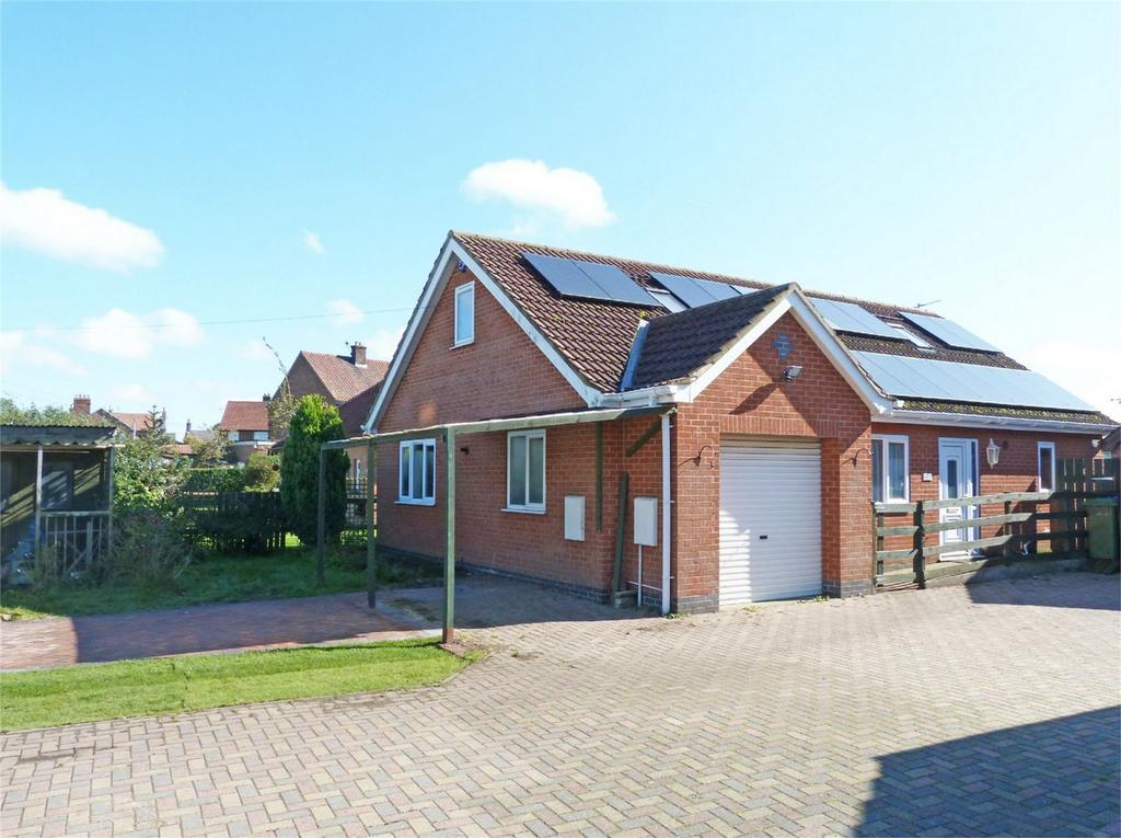 3 Bedrooms Detached House for sale in Holme Road, Market Weighton, York
