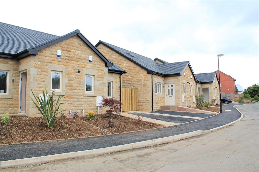 2 Bedrooms Detached House for sale in Plots 2 and 3 Dale View, Billington