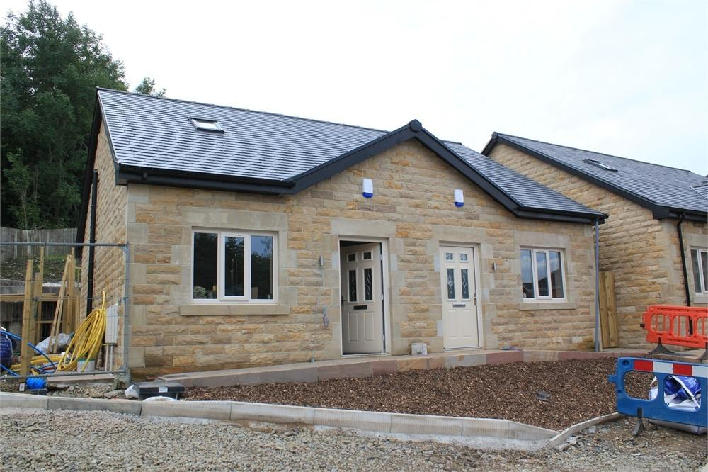 2 Bedrooms Detached House for sale in Plots 7 and 8 Dale View, Billington