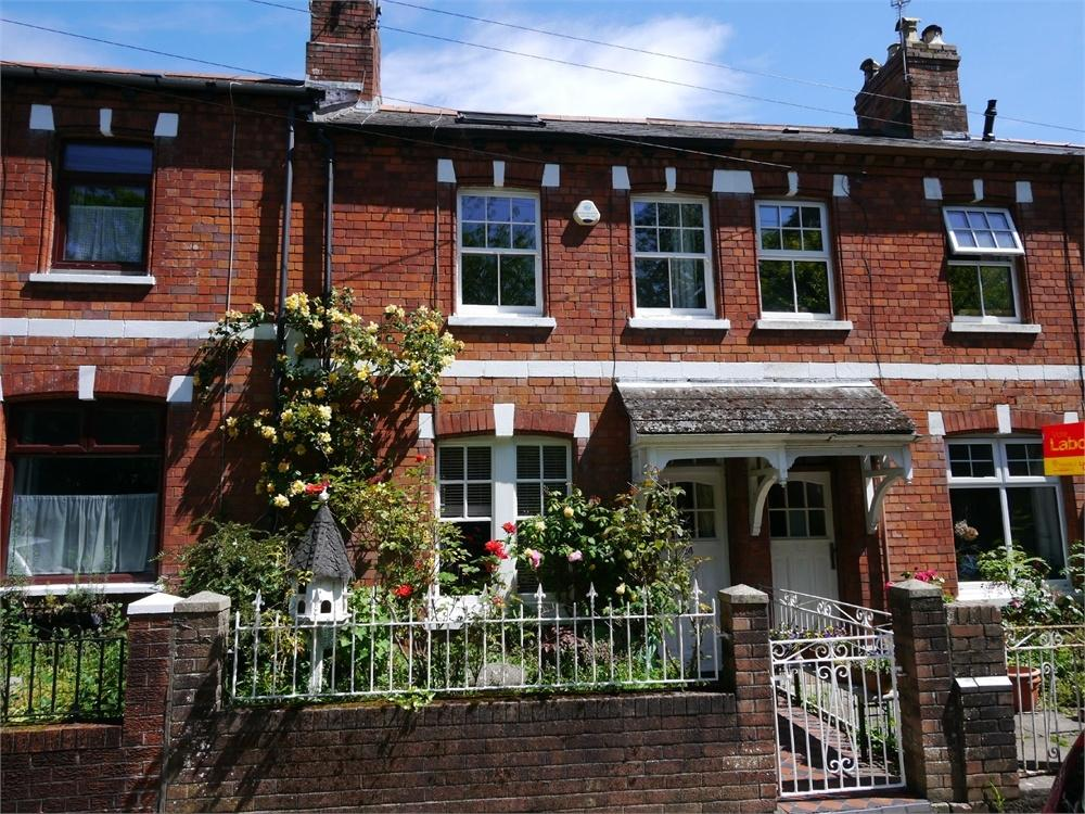 3 Bedrooms Terraced House for sale in Sully Terrace, Penarth