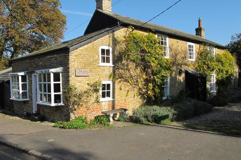3 bedroom cottage for sale - Waterside Road, Bradwell-on-Sea