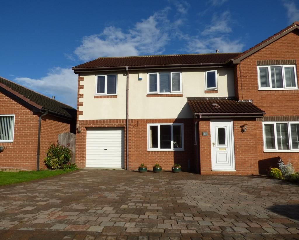 4 Bedrooms Semi Detached House for sale in Leonard Ropner Drive, Stockton-On-Tees, TS19