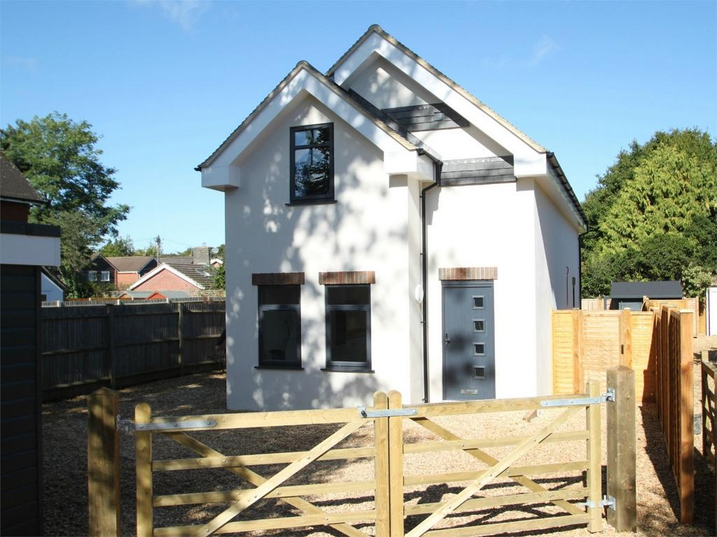 3 Bedrooms Detached House for sale in ASHURST, Hampshire