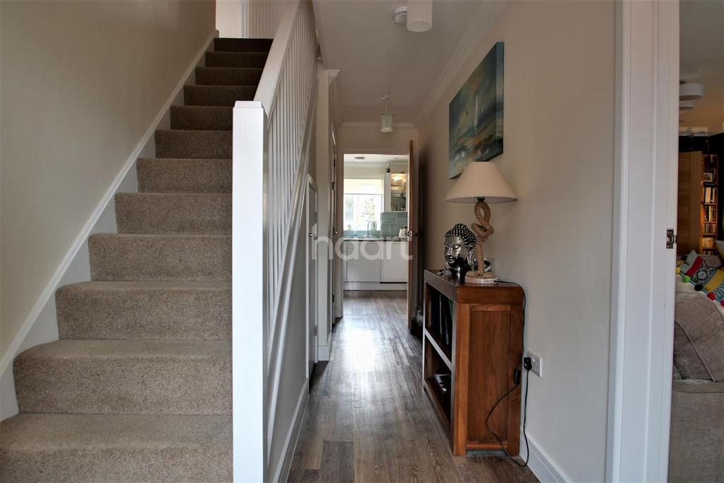 4 Bedrooms Detached House for sale in Brightlingsea