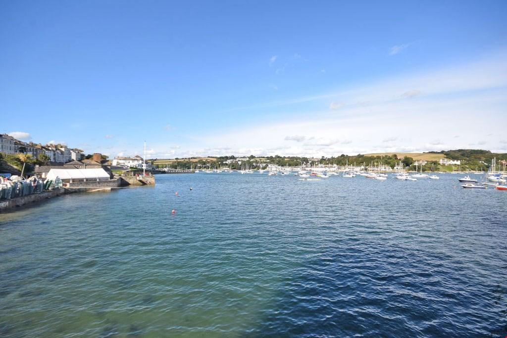 3 Bedrooms Town House for sale in Packets Quay, Falmouth, Cornwall, TR11