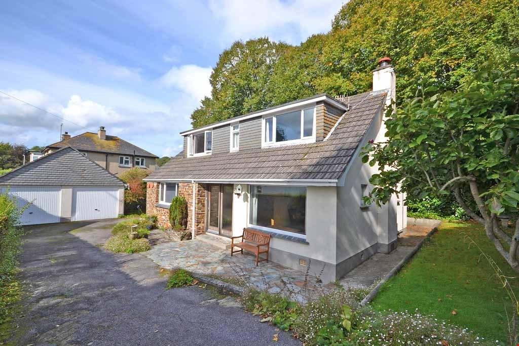 3 Bedrooms Detached House for sale in Trewithen Road, Penzance, West Cornwall, TR18