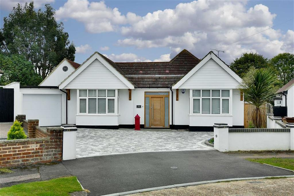 4 Bedrooms Detached Bungalow for sale in Brook Mead, Ewell Court, Surrey