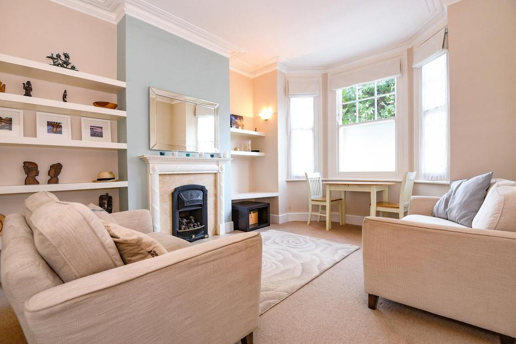 2 Bedrooms Flat for sale in Cromwell Road, Wimbledon