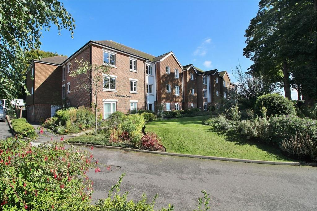 1 Bedroom Flat for sale in Grange Road, Uckfield, East Sussex