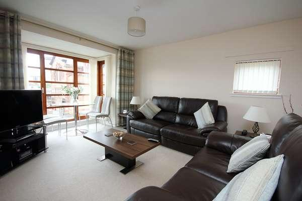 2 Bedrooms Flat for sale in 22 Cairn Court, Motherwell, ML1 1TD