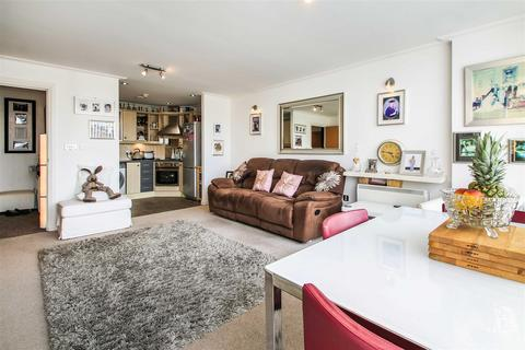 1 bedroom apartment for sale - Century Wharf, Cardiff Bay