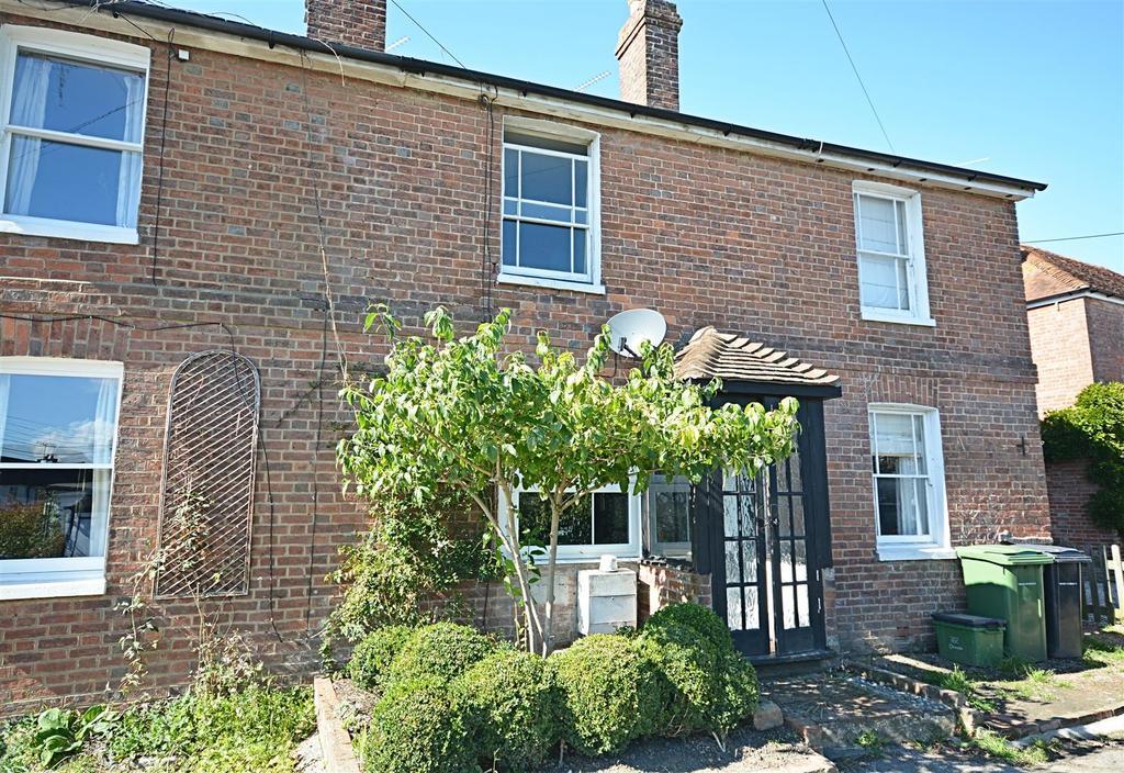 2 Bedrooms Terraced House for sale in Staplecross, Robertsbridge