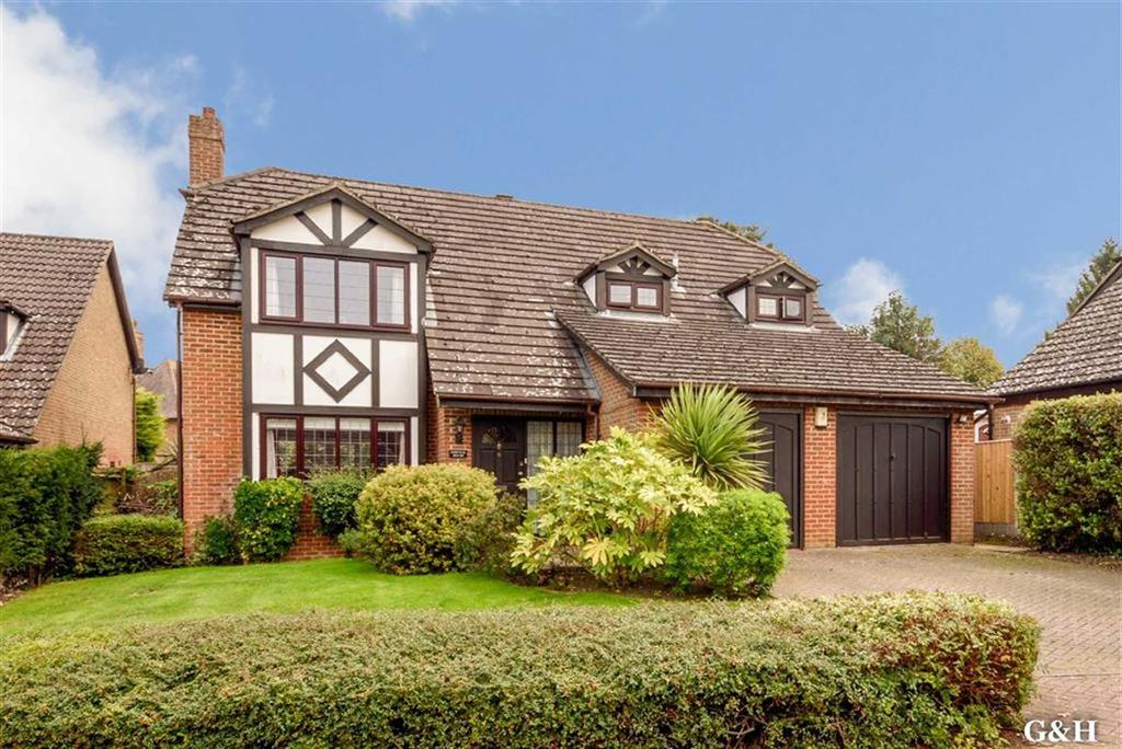 4 Bedrooms Detached House for sale in Ash Meadow, Willesborough, Kent