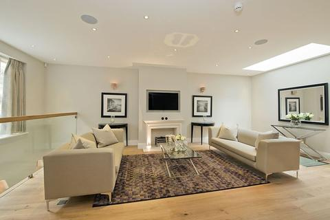 3 bedroom house to rent - Roland Way, South Kensington, London, SW7