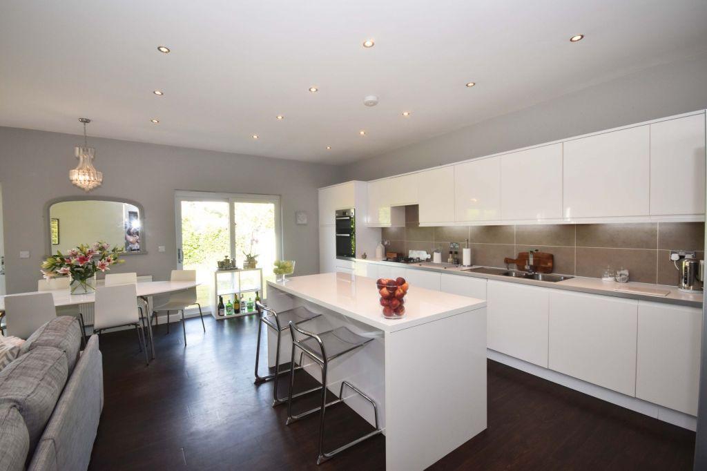 4 Bedrooms Detached House for sale in 118 Greenbank Crescent, Edinburgh, EH10 5SZ