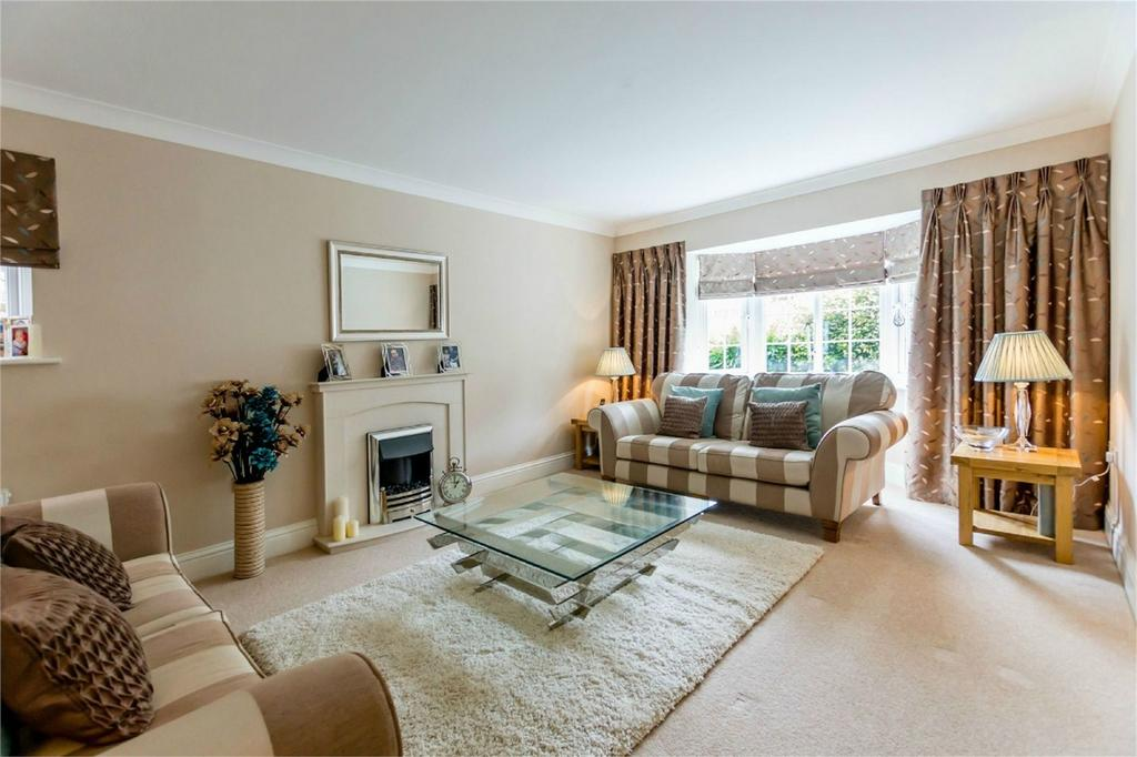4 Bedrooms Detached House for sale in Academy Drive, Dringhouses, YORK