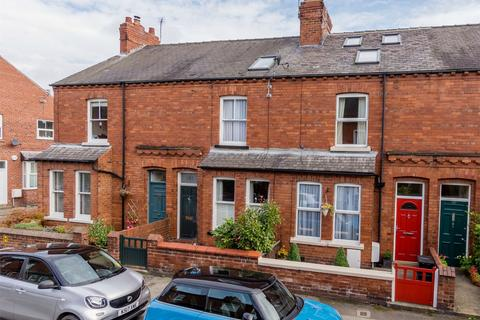 3 bedroom terraced house for sale - 143 Albemarle Road, South Bank, YORK