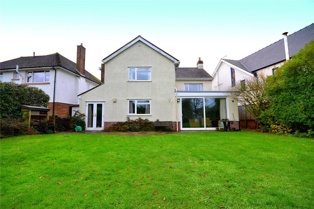 4 Bedrooms Detached House for sale in King George V Drive North, Heath, Cardiff, CF14