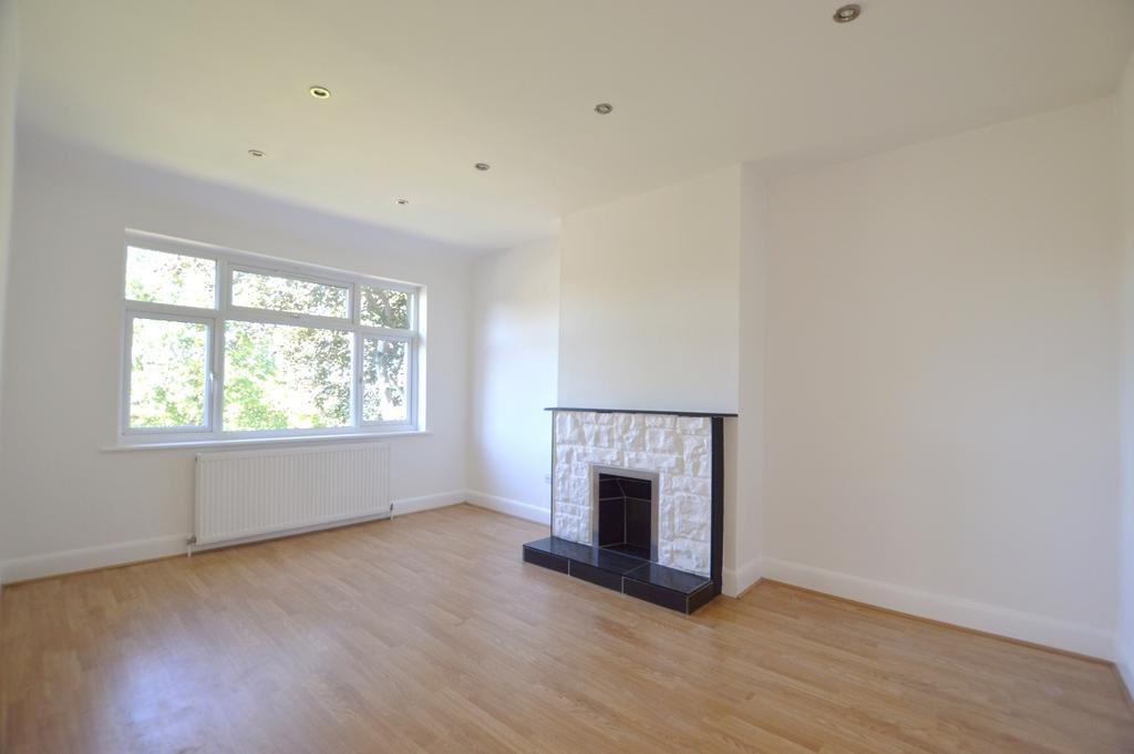 2 Bedrooms Maisonette Flat for sale in Moremead Road SE6