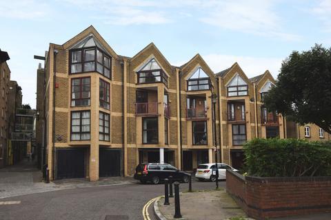 3 bedroom terraced house to rent - Elephant Lane Bermondsey SE16